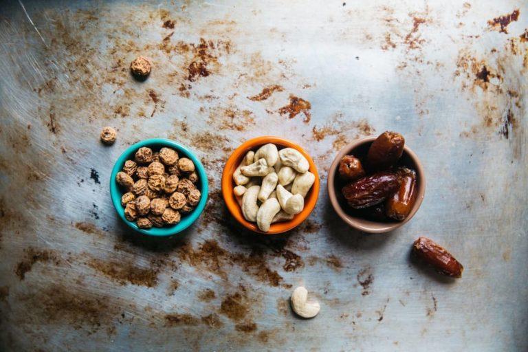 不同的堅果種類適合推薦哪些人食用呢?